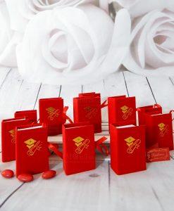 scatolina portaconfetti a forma di libro con tocco