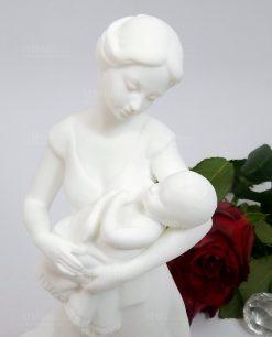 scultura artistica maternità in porcellana bianca morena design