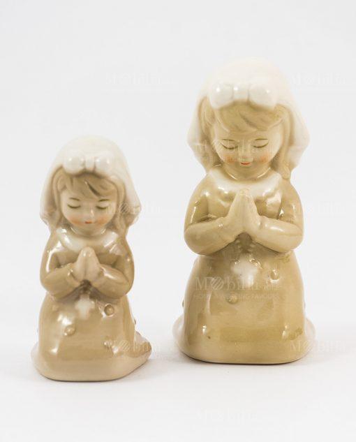 sculturina bambina che prega due misure