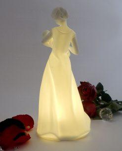 statua maternità in porcellana biscuit con led morena design