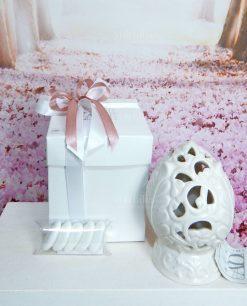 bomboniera pigna pugliese in ceramica bianca ad bomboniere