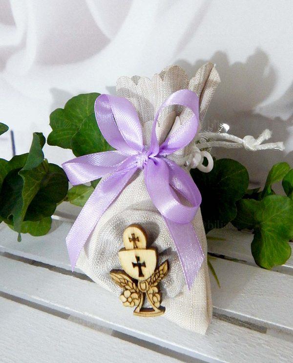 sacchettino beige con applicazione calice eucaristico legno
