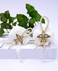 saponetta fiore produmata con ciondolo angelo per bomboniere