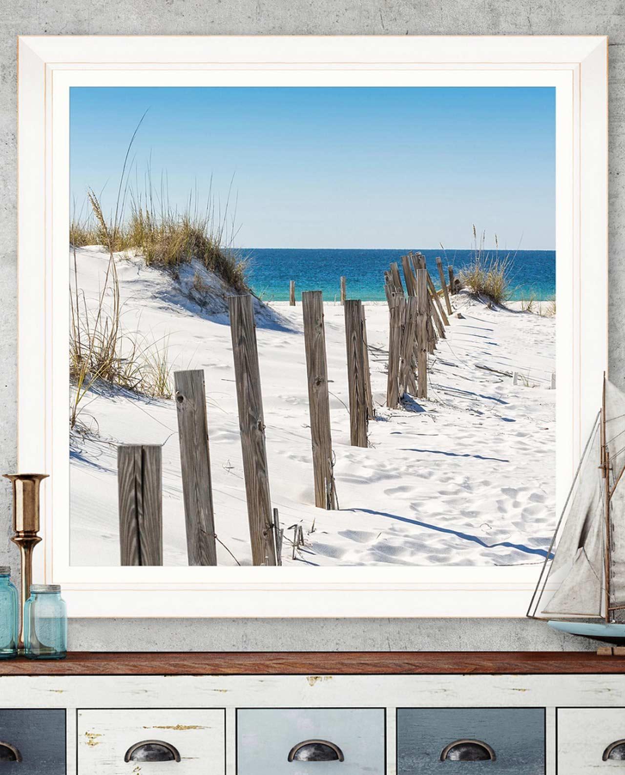 Stampa Spiaggia E Mare Con Cornice In Legno Bianco