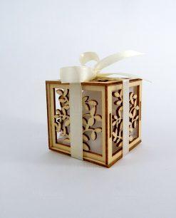 bomboniera scatolina albero della vita legno con fiocco panna