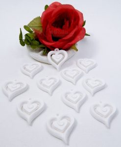 ciondolo cuore in gesso bianco per bomboniere