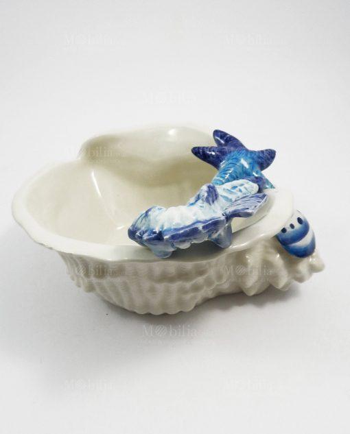 conchiglia in ceramica bianca decori blu 1