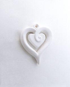cuore in gesso bianco per bomboniere