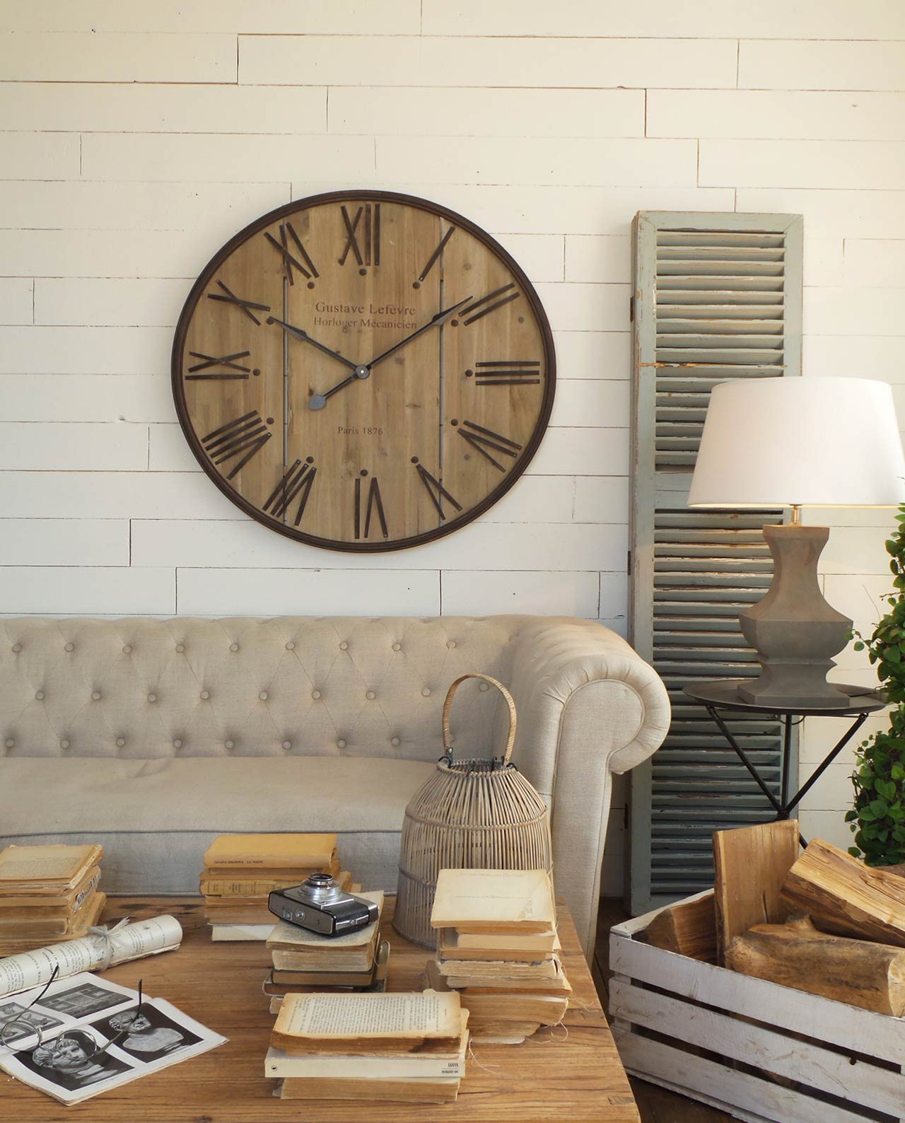 Orologio da parete rotondo in legno e ferro mobilia for Mobilia recensioni