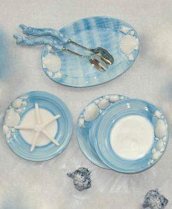 servizio da tavola ceramica azzurra e conchiglie 1