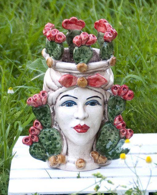 testa di moro ceramica di caltagirone colorata con fichi dindia