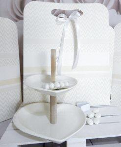 bomboniera alzata in porcellana bianca a forma di cuore brandani