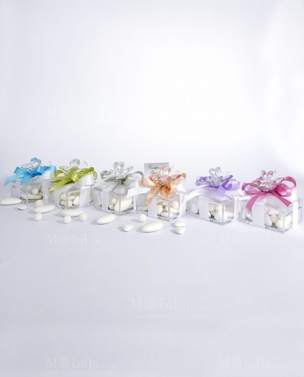 bomboniera-farfalla-colori-assortiti-su-scatolina-tufano