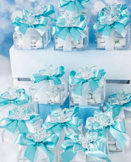 bomboniera farfalla cristallo trasparente tufano su scatolina trasparente e fiocchi