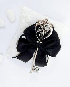 bomboniera portachiave con chiave in argento