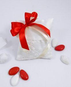 bomboniera cuscino sacchettino in cotone ricamato