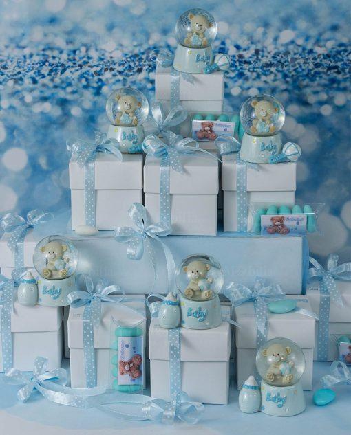 bomboniera palla di neve con orsetto scatola e nastri azzurri con pois bianchi