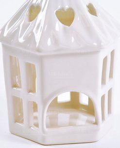 dettaglio lanterna portacandele bianca
