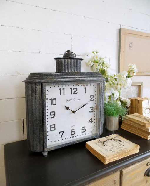 orologio vintage grigio da tavolo