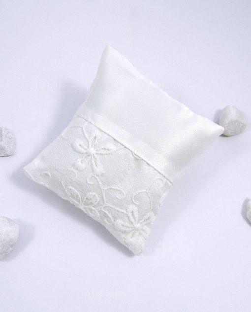 sacchettino cuscino in cotone ricamato per bomboniere