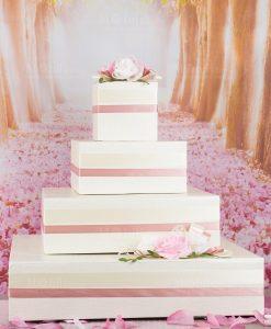 torta espositore bomboniere con nastro rosa