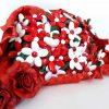 Composizioni di fiori di confetti di Sulmona bianchi e rossi