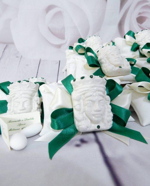 bomboniera magnete testa di moro in ceramica di caltagirone con decori verdi
