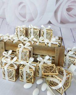 bomboniera scatolina cuore portaconfetti legno