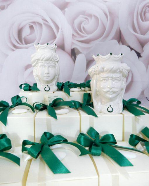 bomboniera teste di moro coppia re e regina con decori verdi