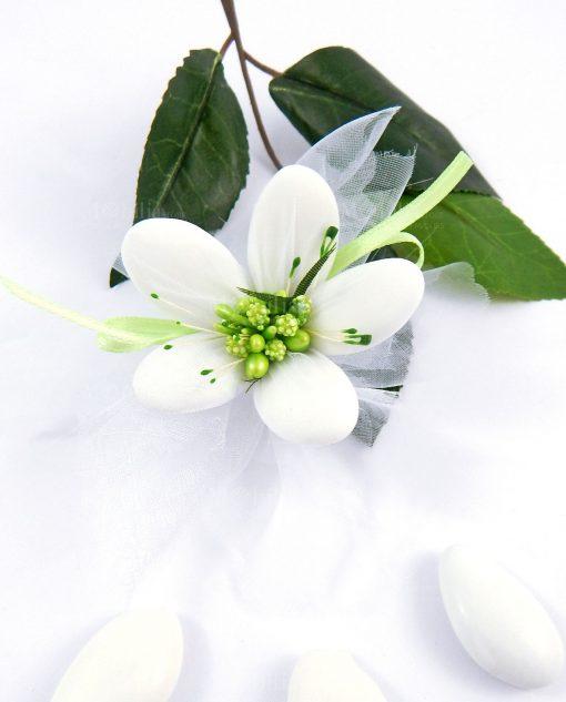 confetti di sulmona nuvoletta bianca con pistilli verdi per bomboniere