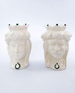 coppia di teste in ceramica bianca di caltagirone con pennellate verde