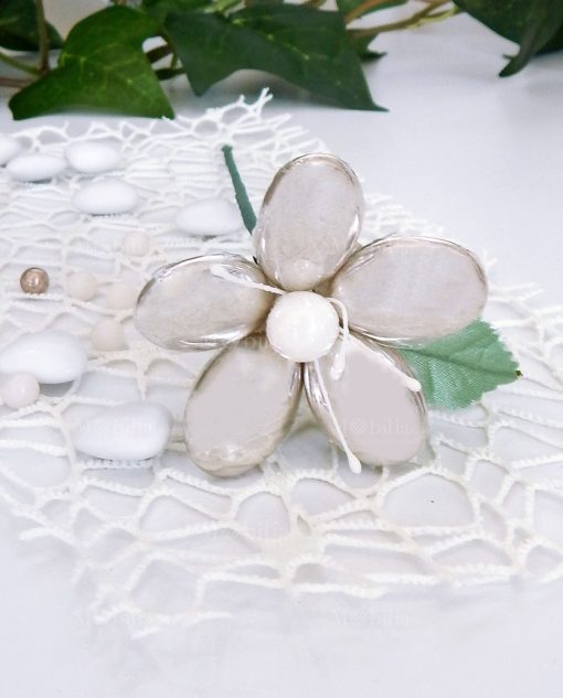 fiore di confetti argento con stelo di sulmona
