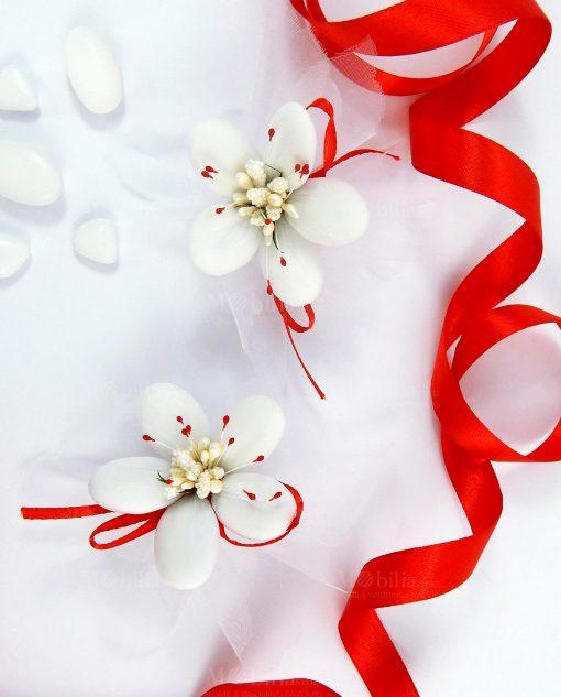 fiore di confetti di sulmona pistilli rossi per bomboniere