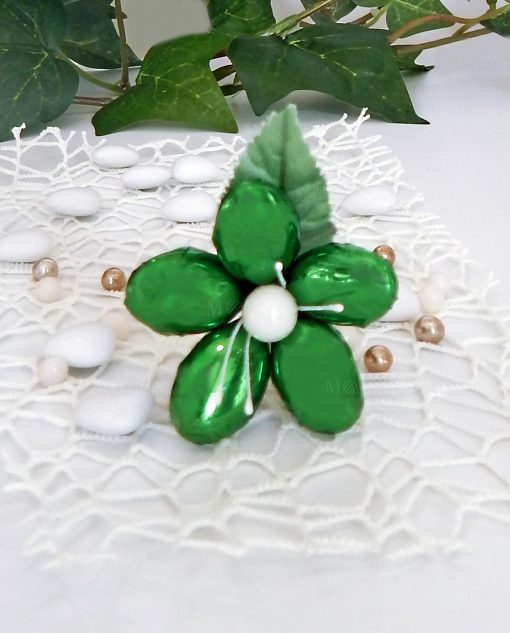 fiore di confetti verde metalizzato con stelo di sulmona