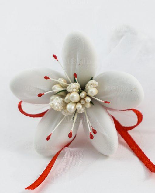 fiore di sulmona con dettagli rossi