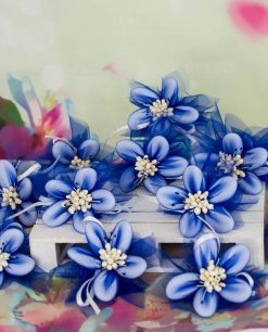 fiori di sulmona blu e bianchi