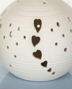 lampada led in porcellana con cuori traforati cuorematto