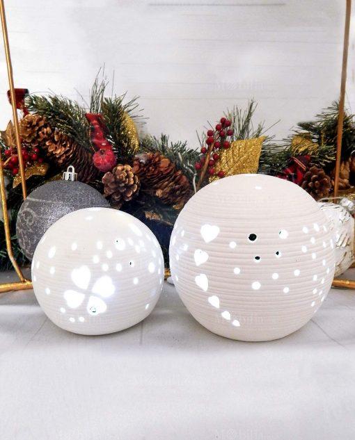 lampade led a forma di sfera in porcellana bianca traforata