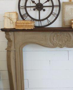 cornice camino legno intarsiato