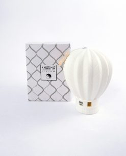 mongolfiera porcellana bianca con scatola kharma