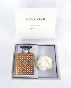 profumatore ambiente bottiglia sting 100 ml con fiore carta di gelso e scatola baci milano maroc e roll