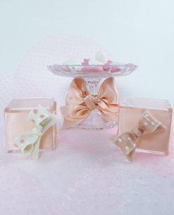 Magnete fiocco a pois bianco e rosa assortito