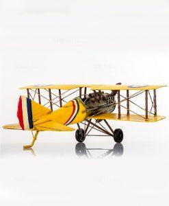 aereoplano giallo soprammobile