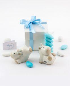 bomboniera sculturina unicorno bimbo due forme assortite con scatola e fiocco azzurro