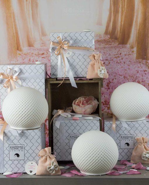 bomboniera sfera porcellana bianca con luce led e scatola