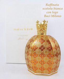 bottiglia catalitica porcellana decorata con corona e scatola cartoncino bianco baci milano royal family