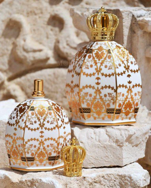 bottiglia catalitica porcellana decorata elizabeth con corona baci milano royal family