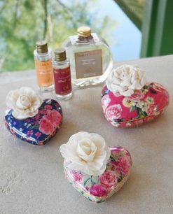 diffusori per ambienti floreali a forma di cuore baci milano