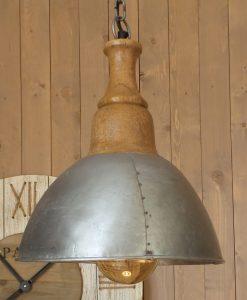 lampada da appendere stile industriale