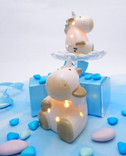 lampada unicorno beige con luce led accesa